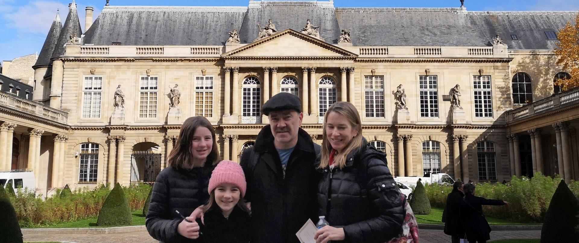 kids-tour-marais-medieval-paris-private