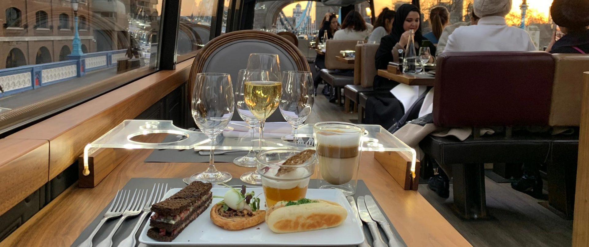 Bustronome-experience-lunch-paris