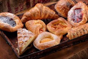 croissant-bakeries-paris-france