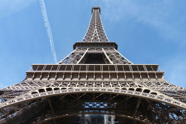 eiffel-tower-tour-for-family-kids-paris