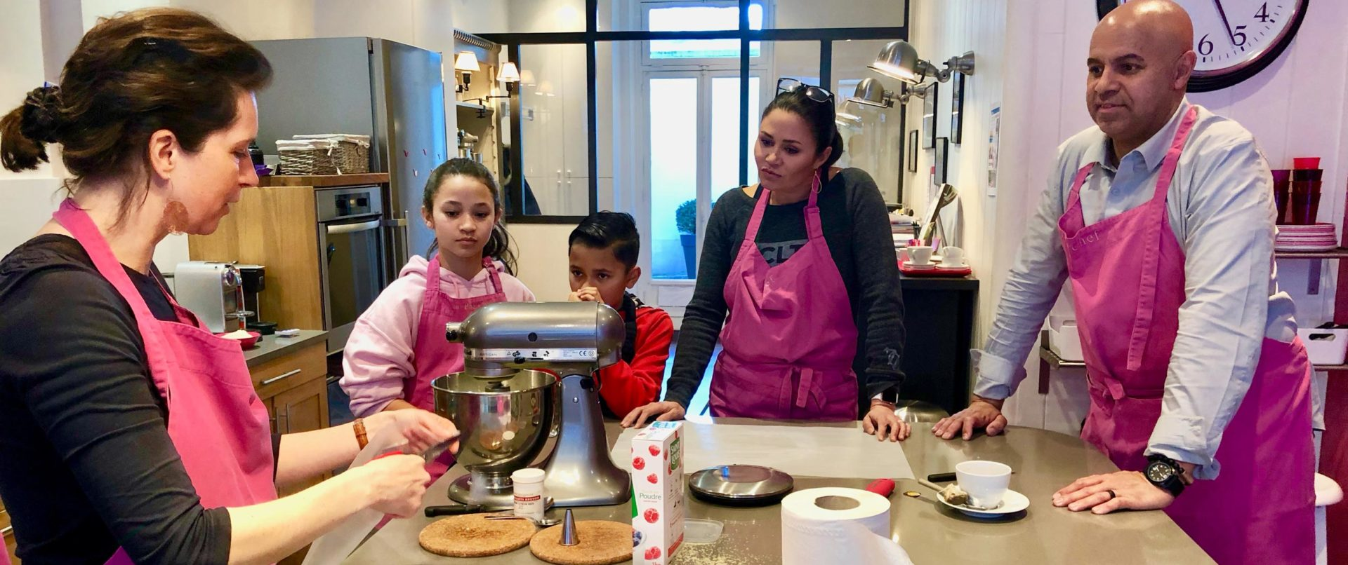 french-pastry-class-family-experience-private