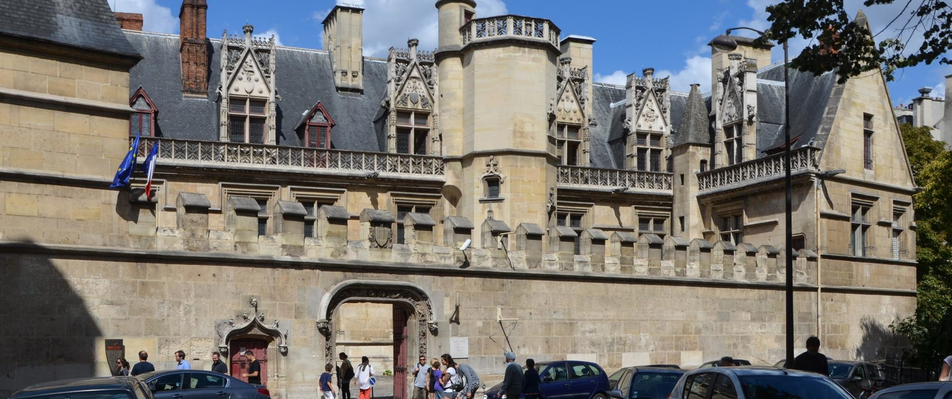 history-of-paris-kids-tour-private-cluny