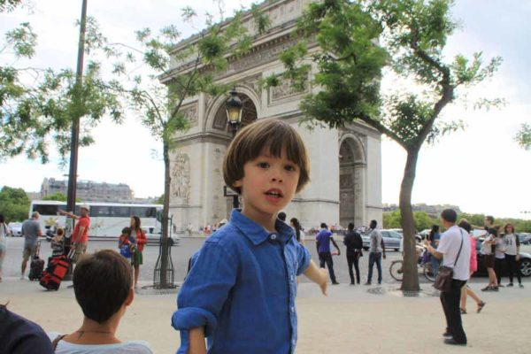 kids-family-tour-arc-de-triomphe