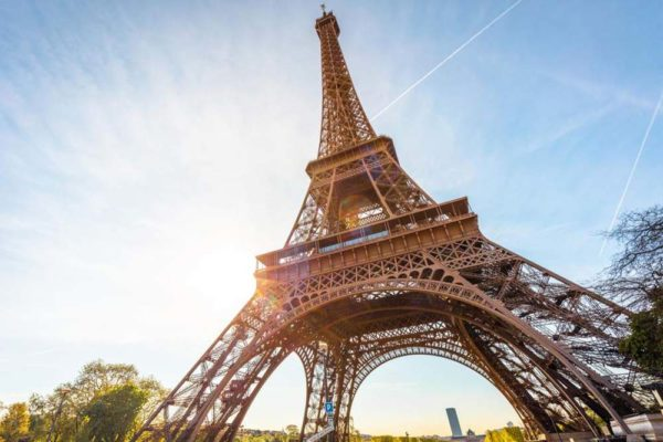 paris-river-cruise-eiffel-tower
