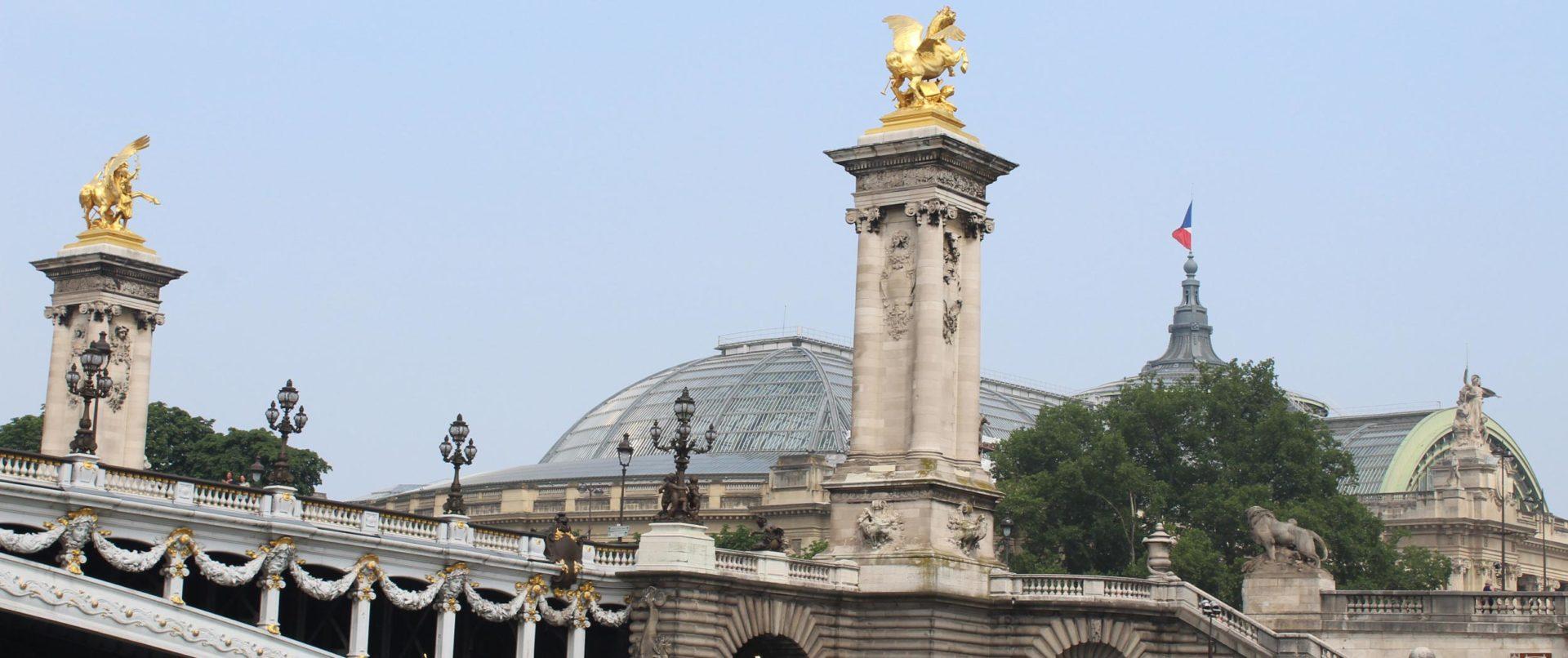 paris-riparis-river-cruise-family-private-activityver-cruise-family-private-activity