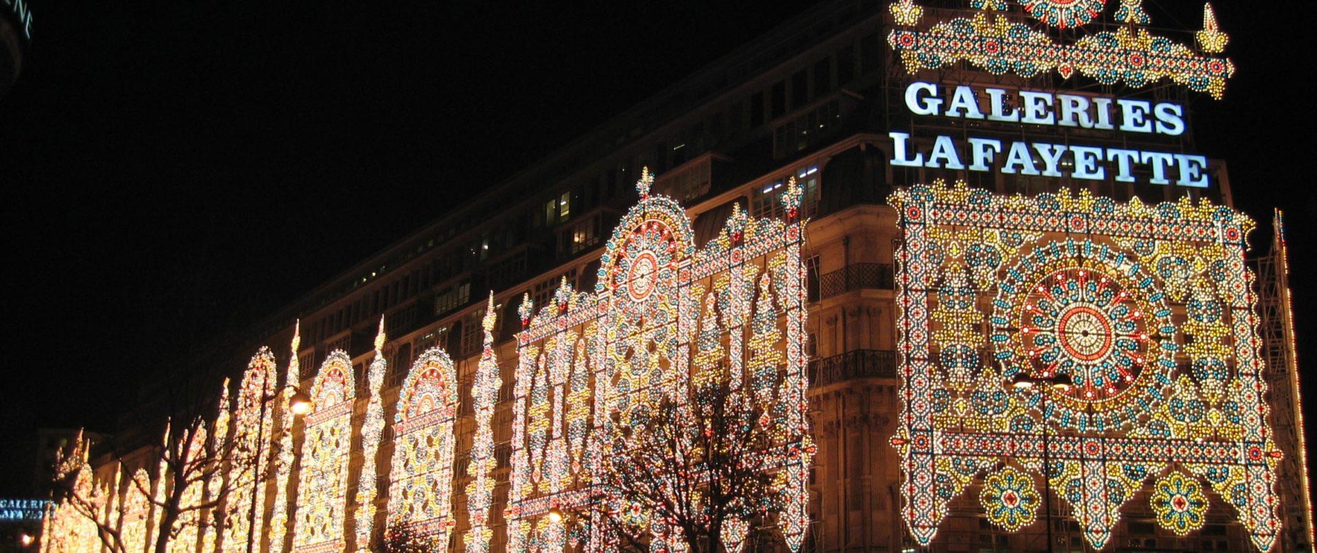 christmas-illuminations-paris-lafayette-guided-tour