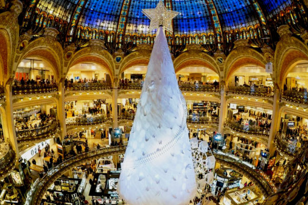 the-galeries-lafayette-for-christmas_r-(1)