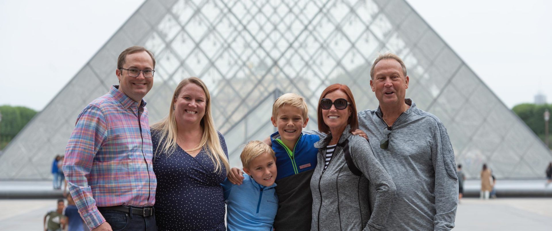 paris-landmarks-photo-tour-family