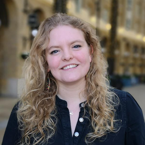 Catherine-guide-meet-the-locals-London2-